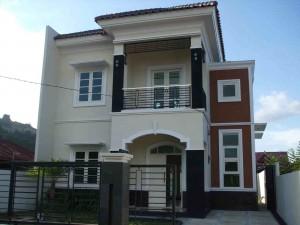 10 Desain Rumah Dengan Perpaduan Warna Cerah 5
