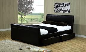 15 Model Tempat Tidur Romantis dan Nyaman 1