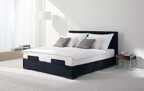15 Model Tempat Tidur Romantis dan Nyaman 9