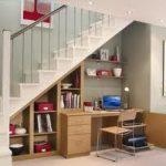 11 Fungsi Dibawah Tangga Rumah Unik dan Simple