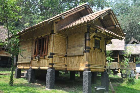 12 aneka model rumah bambu jawa barat menarik rumah impian