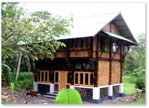 12 Aneka Model Rumah Bambu Jawa Barat Menarik6