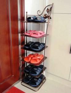 13 Rak Sepatu Minimalis Unik dan Praktis 11