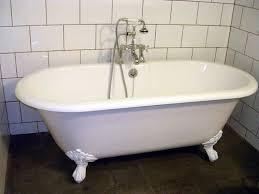 11 Desain Gambar Bathtub Kamar Mandi1