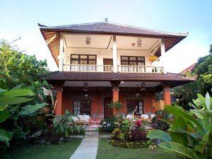 11 Desain Rumah Adat Bali Minimalis11