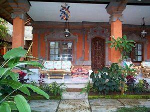 11 Desain Rumah Adat Bali Minimalis4