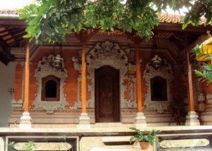 11 Desain Rumah Adat Bali Minimalis5