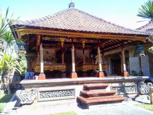11 Desain Rumah Adat Bali Minimalis7