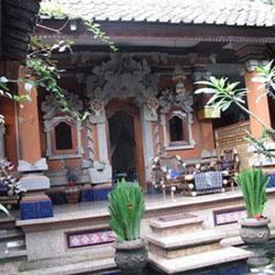11 Desain Rumah Adat Bali Minimalis9