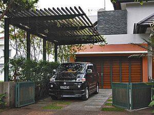 10 Gambar Garasi Mobil Rumah Sederhana10