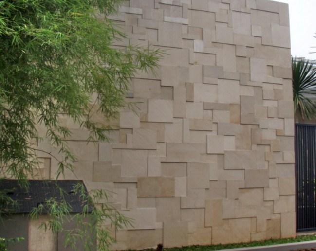 15 model dinding batu alam minimalis modern rumah impian