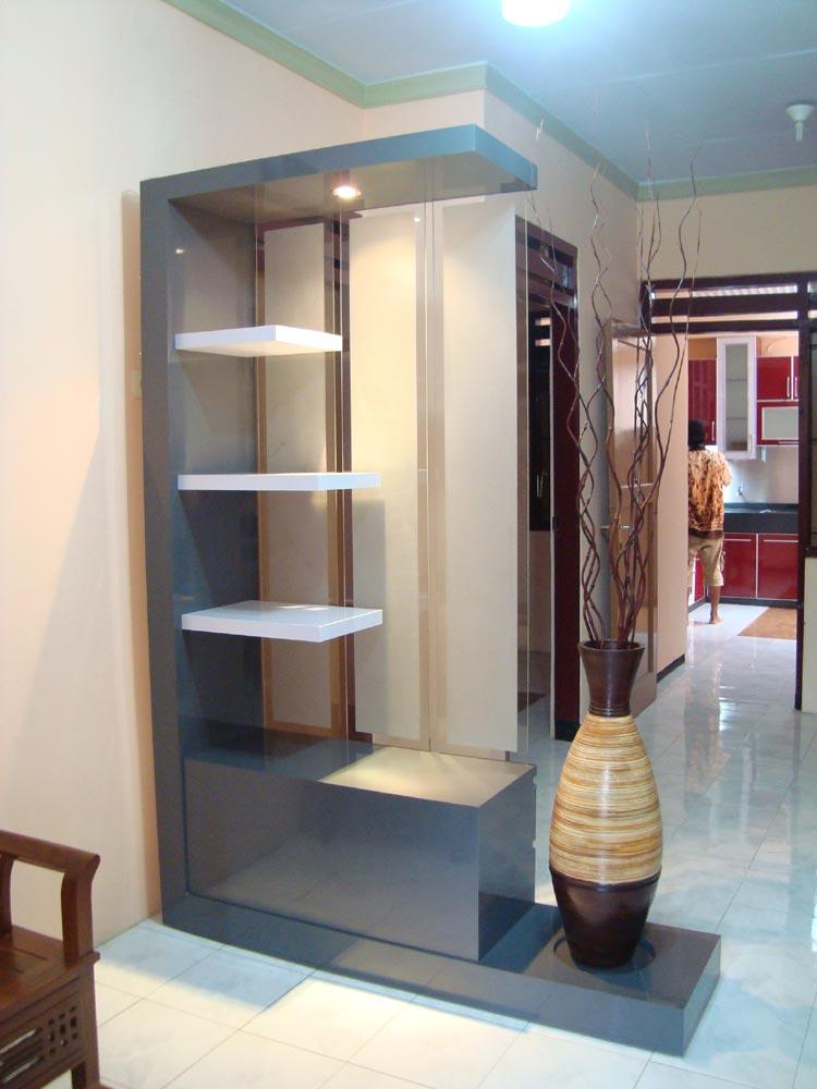 Foyer Modern Minimalis : Desain sekat ruangan minimalis modern dan elegan